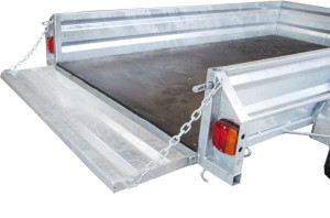 chain supported trailer tailgate